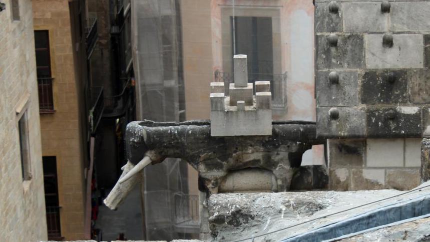 elefant-catedral-barcelona